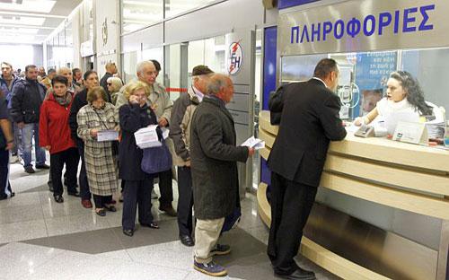 personas-suman-filas-desempleados-grecia_1_1685809
