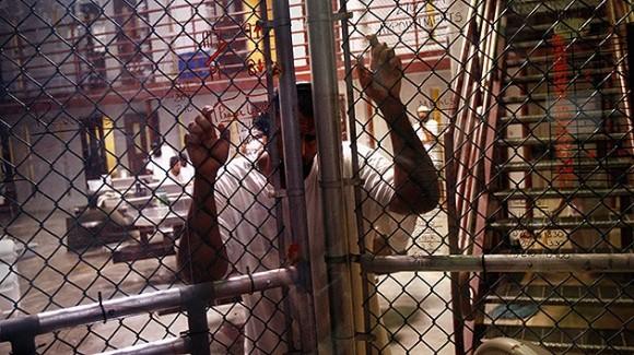 01eg-huelga-de-hambre-base-guantanamo