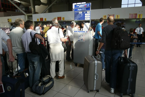 Se mantiene tendencia al crecimiento de los viajes al extranjero. Crédito: Jorge Luis Baños/IPS