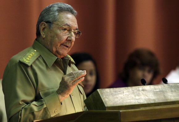 Clausura Raúl Castro, presidente de Cuba, sesión plenaria del parlamento cubano. Foto: Ismael Francisco/Cubadebate