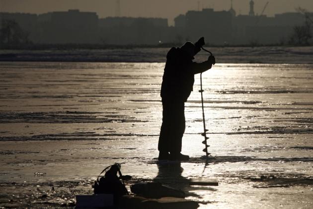 El mejor cebo para la pesca de invierno son las lombrices y el cebo vivo. Como señuelo se utilizan patatas cocidas y pan mojado. FOTO: RIA Novosti
