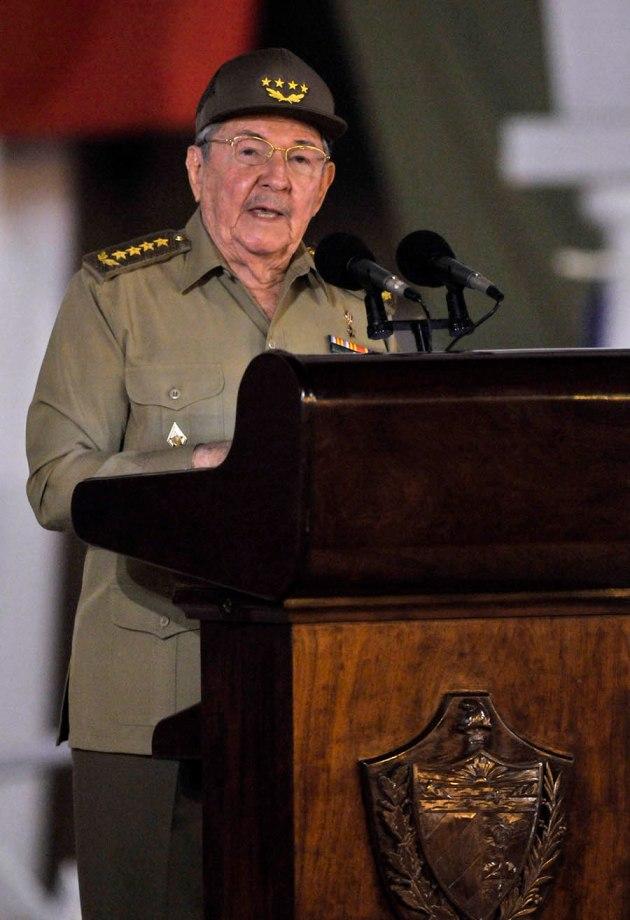 Raúl Castro interviene en el Acto Central por el 55 Aniversario de la Revolución Cubana en el Parque Céspedes, de Santiago de Cuba, el 1 de enero de 2014 FOTO: Roberto Suárez/ Juventud Rebelde