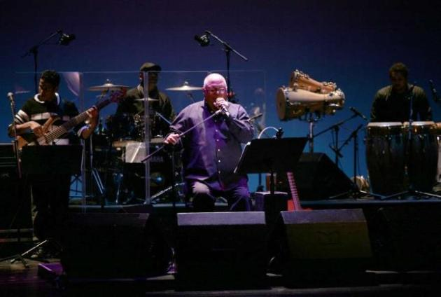 cantante-cubano