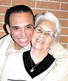 Antonio Guerrero junto a su mamá, Mirta Rodríguez.