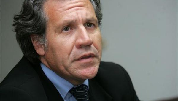 El canciller uruguayo, Luis Almagro, expresó su respaldo a Cuba en su exigencia de poner fin al bloqueo estadounidense.