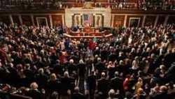 Esta es la segunda iniciativa legislativa que promueve el Congreso de EU para desmontar el embargo sobre la isla desde que la semana pasada se reanudaran oficialmente las relaciones diplomáticas Foto: Reuters/Archivo